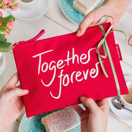 Косметичка 'Red Bags'  / Together forever