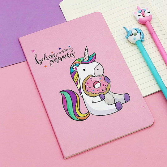 Тетрадь 'Unicorn with donut'